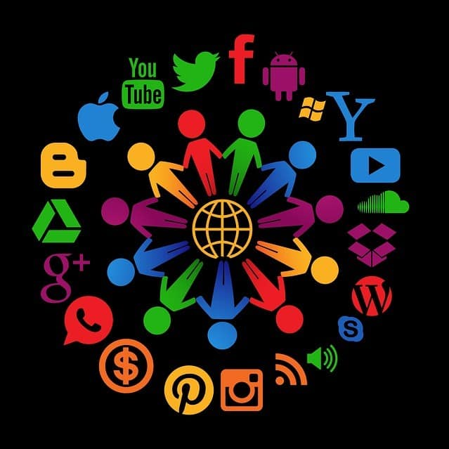 Social Media – Connection or Disconnection?
